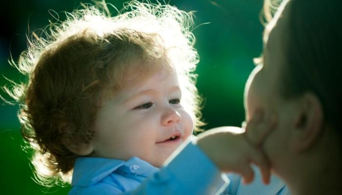 Foto de La interacción facilita que los bebés aprendan una segunda lengua