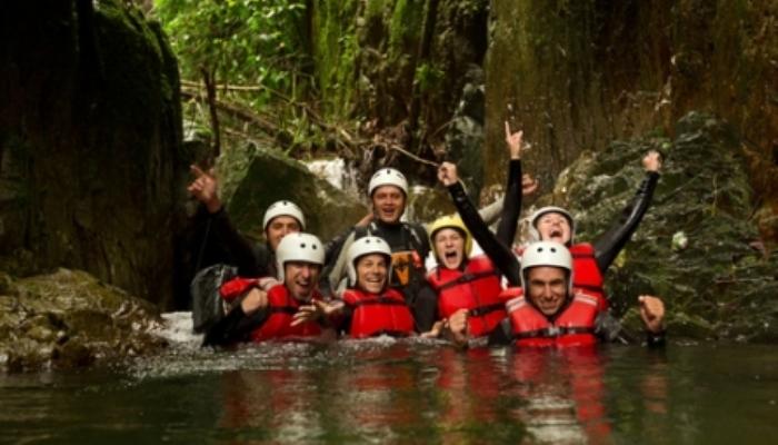 Foto de Monitores con espíritu aventurero: oportunidades en ruta