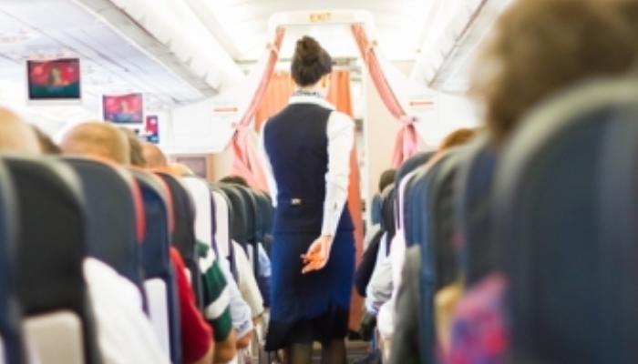 Foto de Tripulantes de cabina de pasajeros: preparados para volar