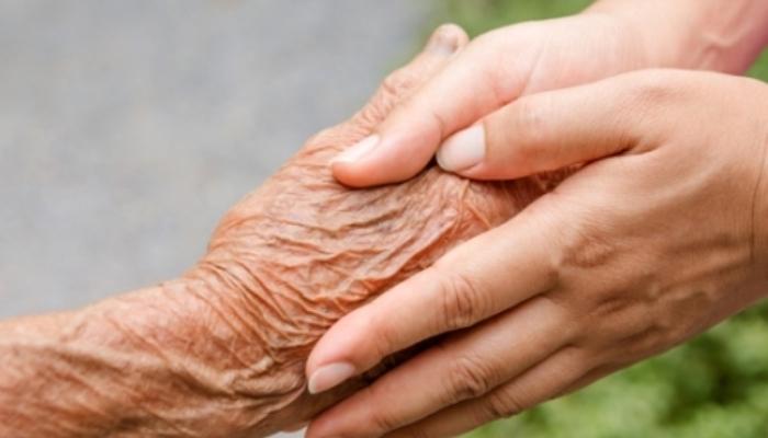Foto de Crece la demanda de profesionales de atención a personas dependientes