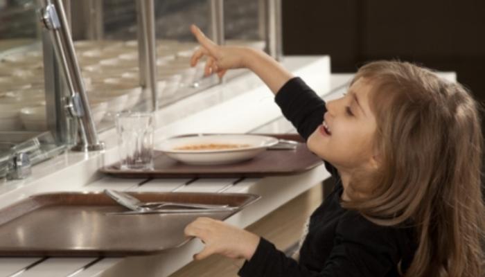 Foto de ¿Son equilibrados los menús escolares? Europa apuesta por más fruta, hortalizas y leche