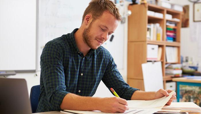 Foto de Mejorar el salario permitiría atraer talento hacia la profesión docente
