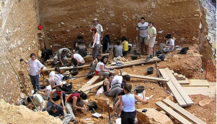 Foto de De Atapuerca a Italia: campañas de excavaciones arqueológicas en el verano de 2016