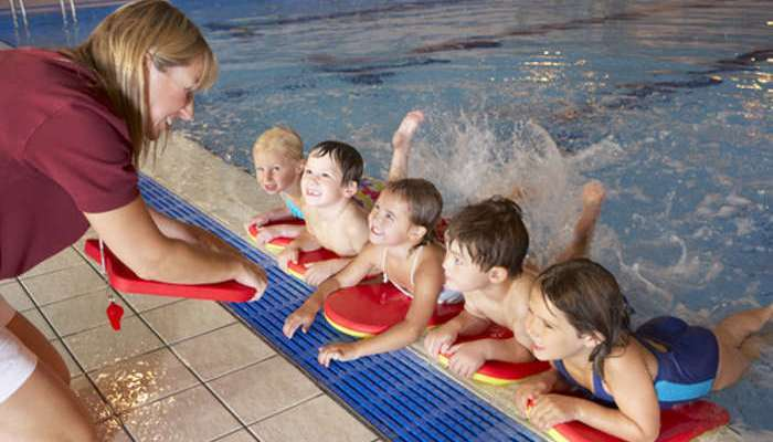 Foto de Monitores de natación, ocio y tiempo libre: cursos gratuitos y low cost este verano