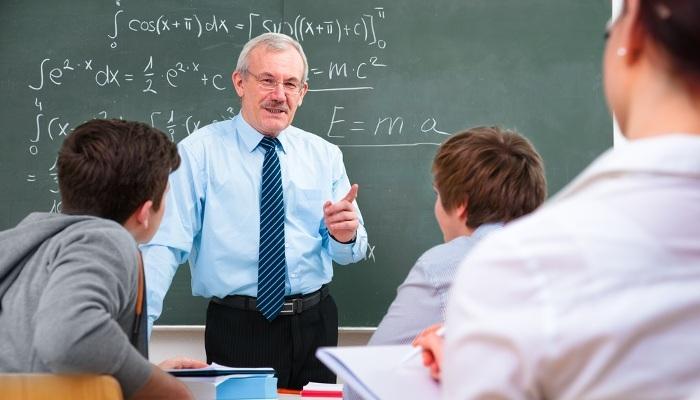 Foto de En Primaria, ¿mejor un profesor especializado o uno generalista?