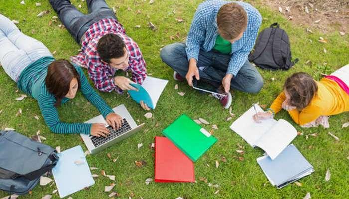Foto de Es tiempo de becas para estudiar ESO o Bachillerato en el extranjero