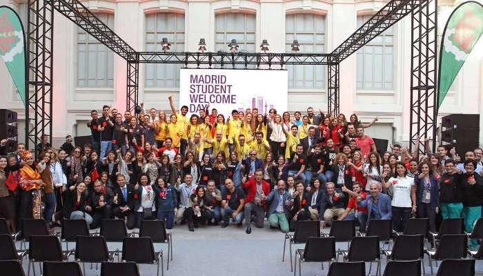 Foto de Bienvenidos, estudiantes