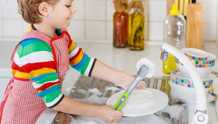Foto de Amor y tareas domésticas, la fórmula para que los niños alcancen éxito profesional