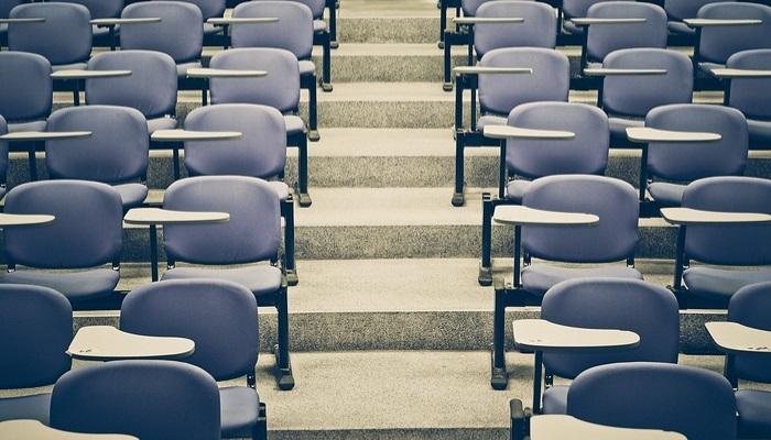 Foto de La subida de las tasas universitarias reduce el número de repetidores