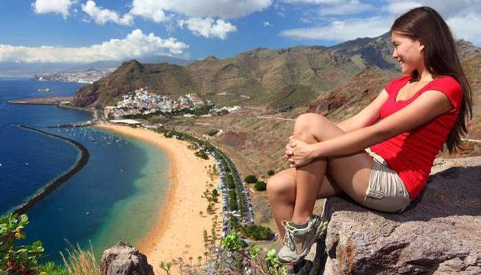 Foto de Se buscan 50 cantantes y animadores turísticos para trabajar en Canarias y Baleares