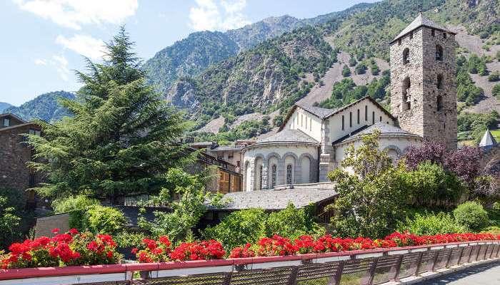 Foto de Andorra, paraje incomparable en busca de profesores interinos