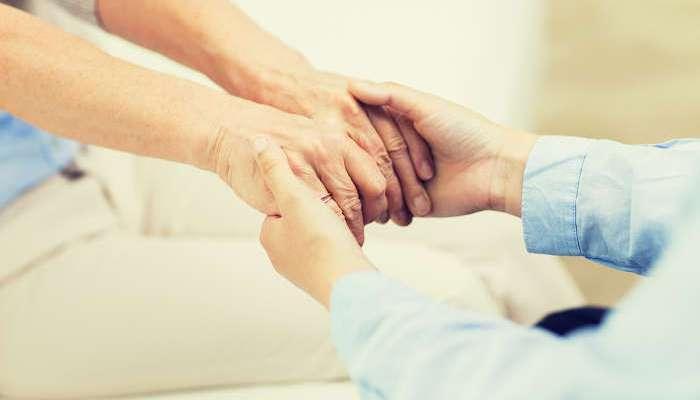 Foto de Febrero, mes para formarte como Auxiliar de Enfermería e Integración Social