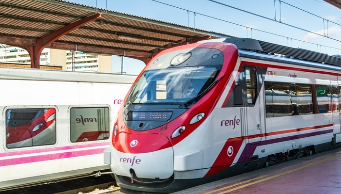 Foto de Becas remuneradas que llegan a todo tren de la mano de Renfe