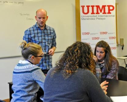 Foto de La UIMP convoca becas de matricula, manutención y alojamiento de sus cursos académicos