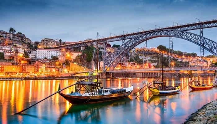 Foto de Voluntariado en Portugal: Ayuda a los discapacitados con actividades artísticas