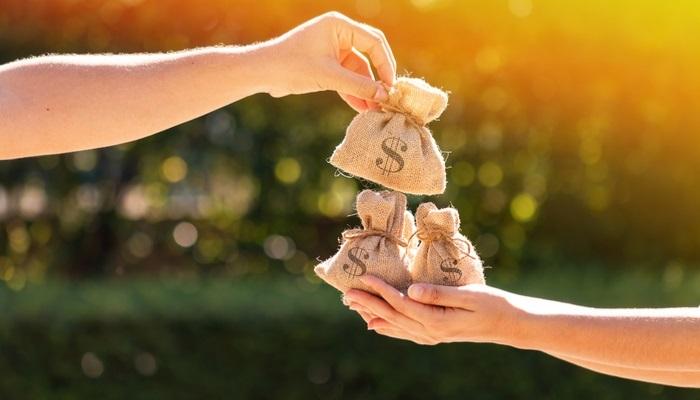 Foto de ¿Cómo son los préstamos para estudiantes universitarios en España?
