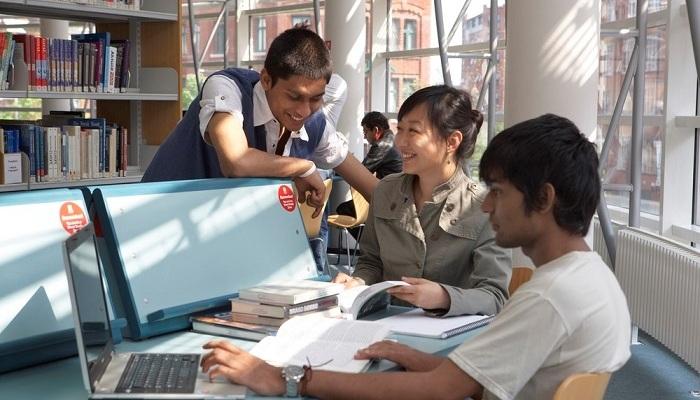 Foto de Mejor tu nivel de conversación en inglés este verano con los cursos intensivos del British Council