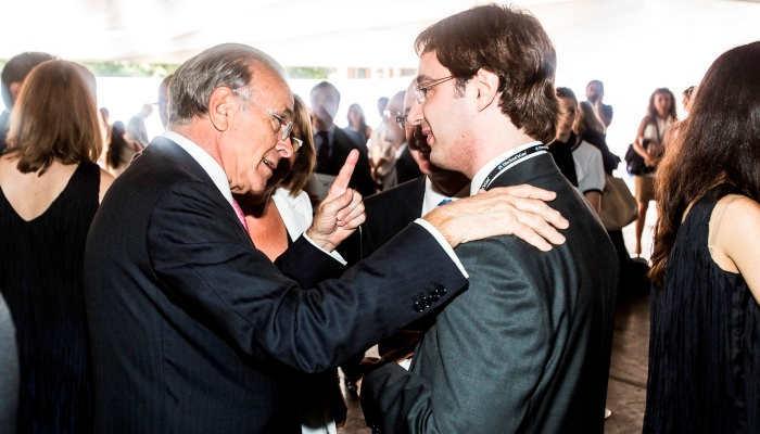 Foto de La Caixa lanza 30 becas de 300.000 euros para frenar la fuga de cerebros