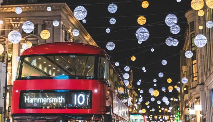 Foto de Pasa esta Navidad en Reino Unido con un contrato bajo el brazo