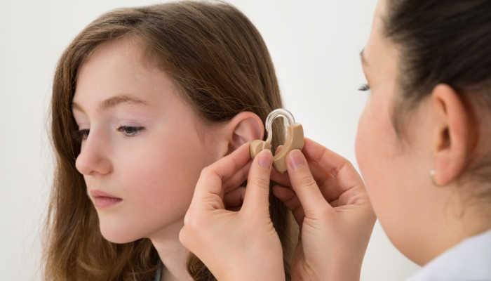 Foto de Un título oficial de FP para cubrir la demanda de millones de personas con problemas auditivos