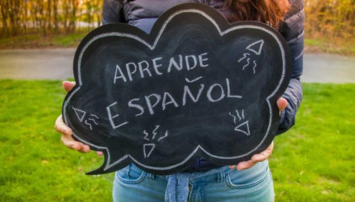 Foto de Llueven las ofertas de empleo para profesores de español sin salir de España
