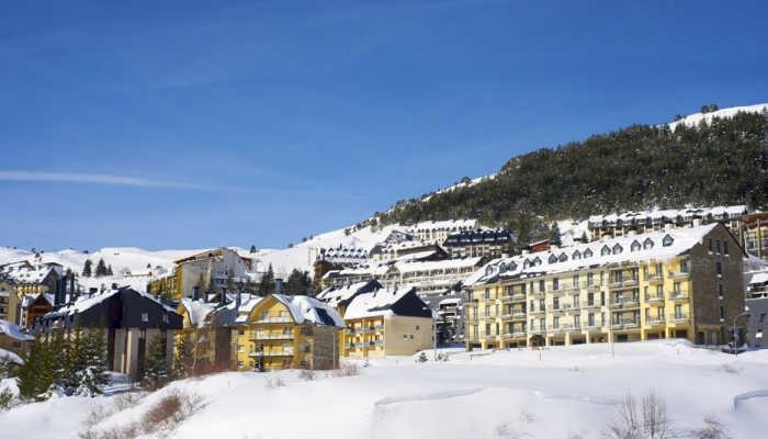 Foto de Más empleo en la nieve: 1.300 vacantes en las siete estaciones de esquí de Aragón