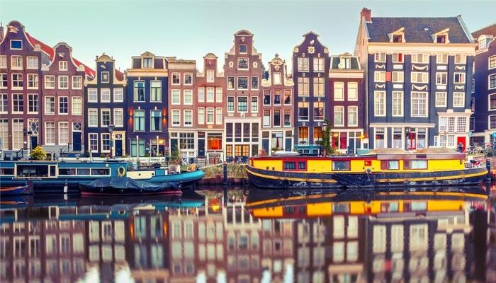 Foto de Destino Ámsterdam: becas de 12.500 euros para hacer un máster en 'la Venecia del Norte'