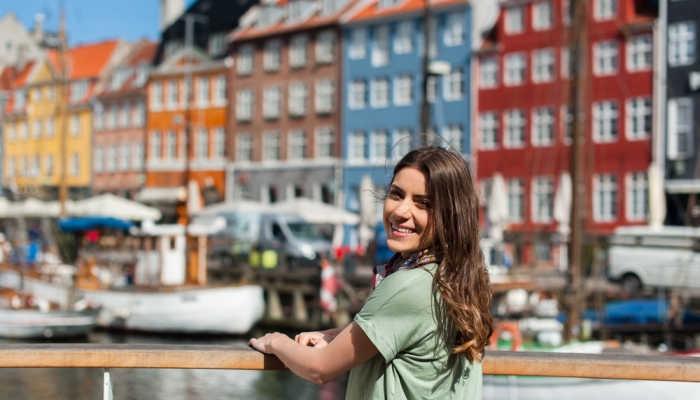 Foto de Verano en Dinamarca: viaja al país sin montañas con becas para aprender danés