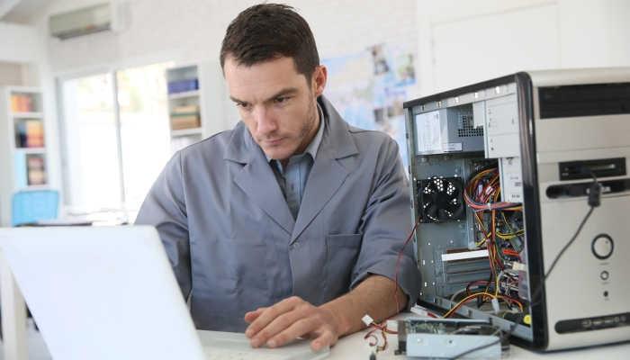 Foto de Razones poderosas para estudiar montaje y reparación de tablets y ordenadores