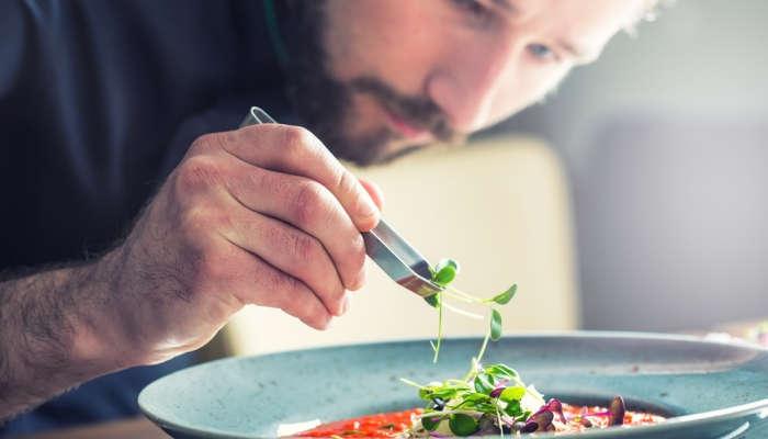 Foto de Cursos de hostelería para cocinar tu futuro en un abrir y cerrar de ojos