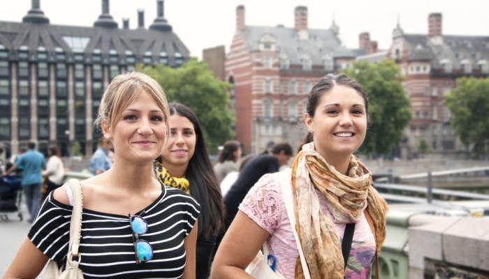Foto de Se buscan profesores de español en Reino Unido con sueldos de hasta 185 libras diarias