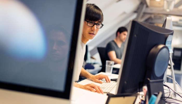 Foto de Vuelven las becas SEPI de Iniciación a la Empresa con prácticas remuneradas
