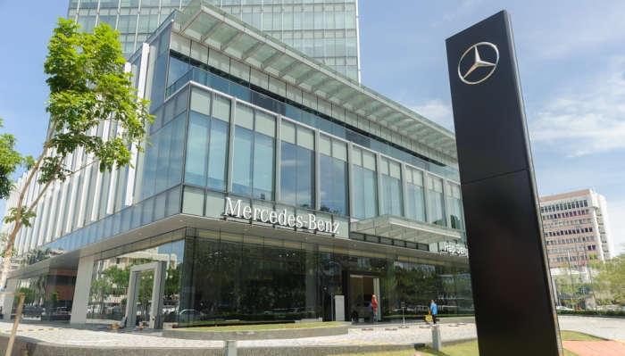 Foto de Prácticas en la sede de Mercedes-Benz en Japón para jóvenes con idiomas