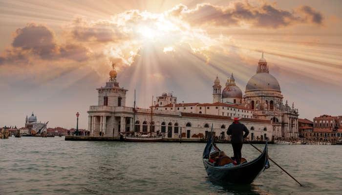 Foto de Becas para estudiar en Venecia el próximo curso rumbo a 'la ciudad de las góndolas'