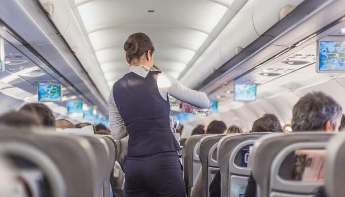 Foto de Crece la demanda de Auxiliares de Vuelo: así es la formación que necesitas para volar