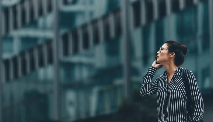 Foto de Adobe lanza becas tecnológicas de 8.500 euros para mujeres