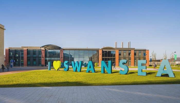 Foto de Destino Reino Unido: becas de 16.000 euros para hacer el doctorado en la Universidad de Swansea