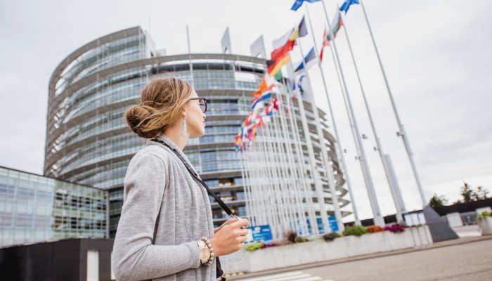 Foto de Pasos para ser funcionario de la UE: dónde encontrar plazas y cómo superar la oposición
