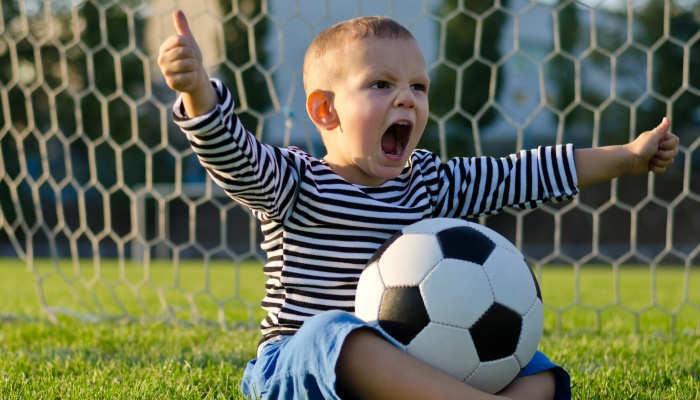 Foto de Unos padres de Londres ofrecen 85.000 euros anuales para convertir a sus hijos en estrellas del fútbol