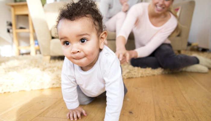 Foto de ¿En casa habláis varios idiomas? El bilingüismo mejora la atención de los bebés