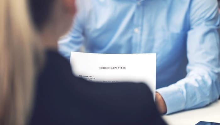 Foto de ¿No tienes referencias laborales o las que tienes son negativas? Conoce qué debes poner en tu CV