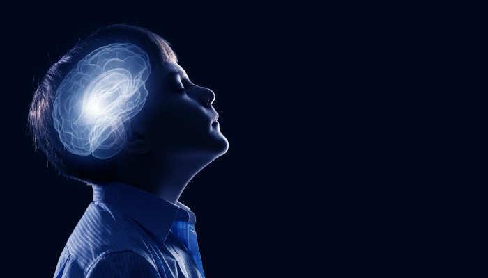 Foto de ¿Qué cantidad de información necesita la mente humana para aprender la lengua materna?