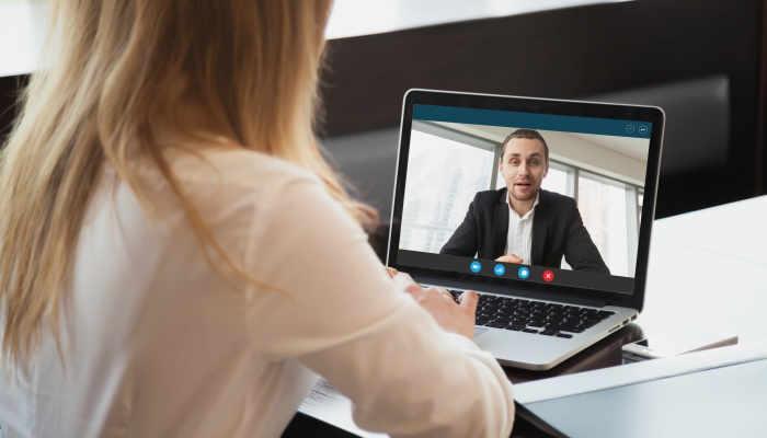 Foto de ¿Cómo sobrevivir a una entrevista de trabajo por videollamada?