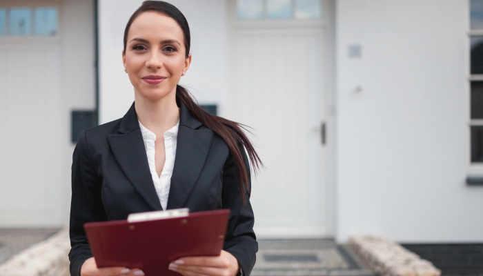 Foto de Cómo ser Agente Inmobiliario: cursos y habilidades que debes dominar