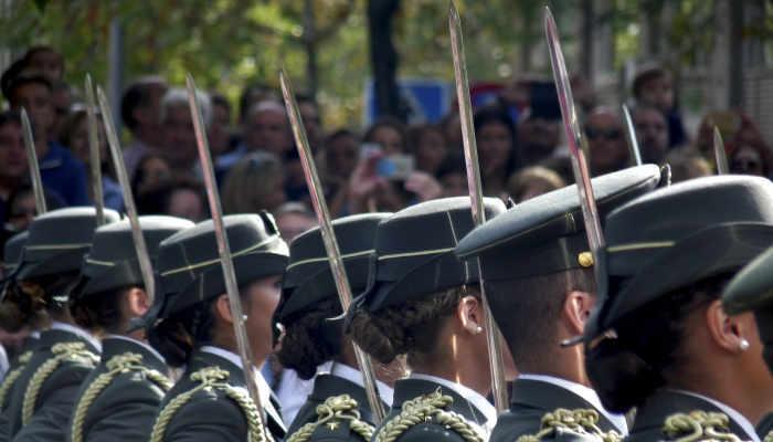 Foto de La Guardia Civil convoca 2.210 plazas en 2019: ¿qué requisitos necesitas para acceder?