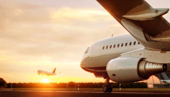 """Foto de Azafata de vuelo: formación para el """"despegue"""" profesional"""