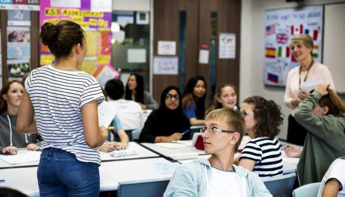 Foto de La enseñanza de idiomas en España: cada vez más temprano y suben el japonés y el finés en las EOI