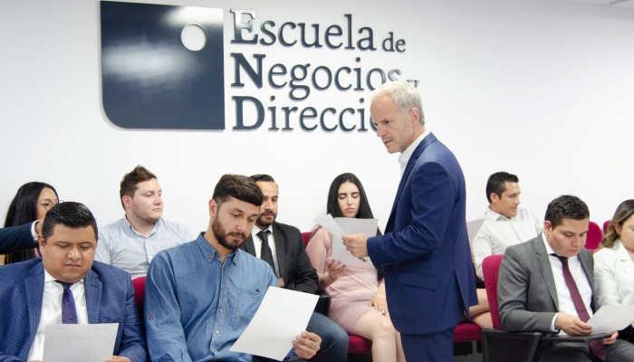 Foto de Estudiar un máster en la Escuela de Negocios y Dirección, una de las más innovadoras a nivel internacional
