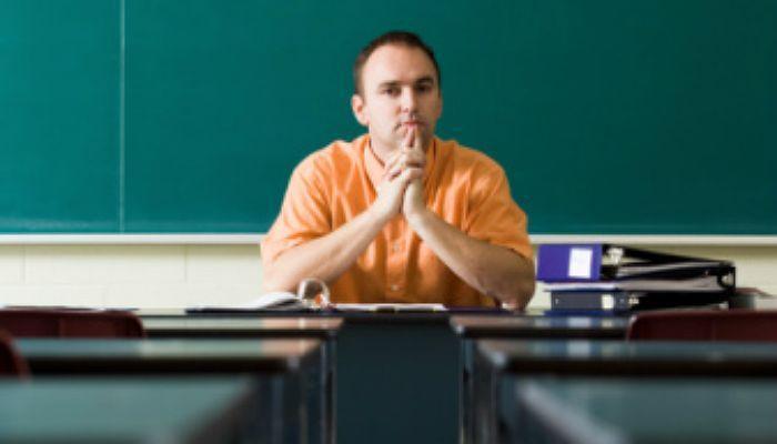 Foto de Los profesores harán este curso más horas lectivas de las recomendadas por Ley