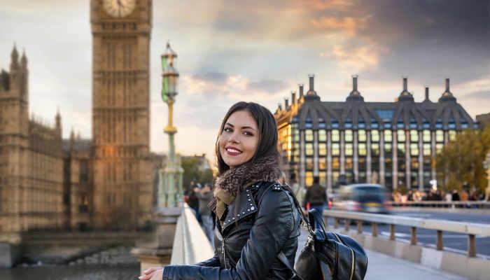 Foto de Reino Unido amplía a dos años el período de estancia en el país para estudiantes graduados